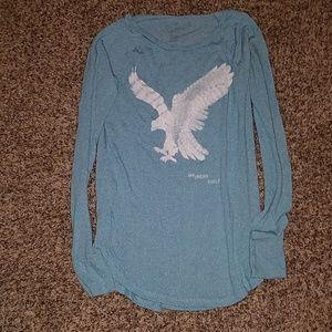 Medium American Eagle shirt